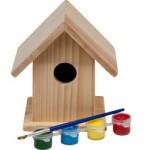 Een vogelhuisje maken en beschilderen